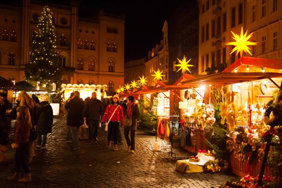 Individuelle Weihnachtsmarkthütten